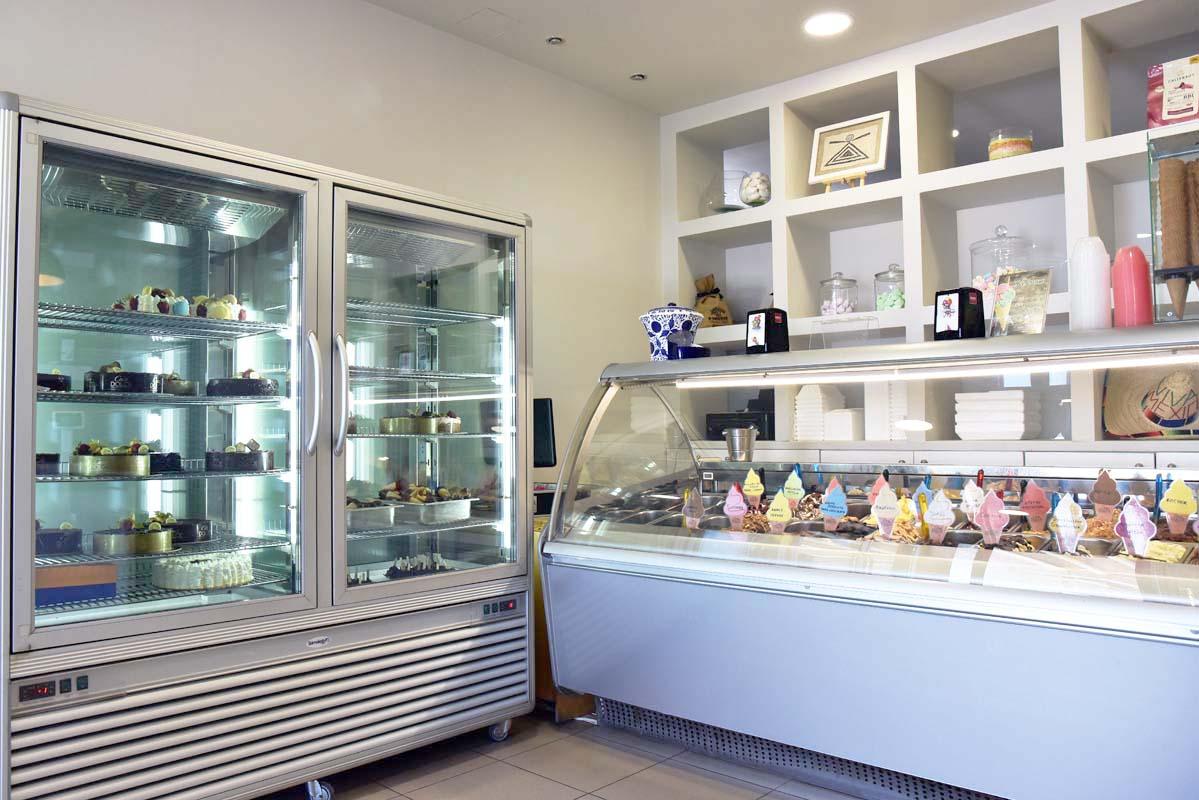 casa-dolce-mykonos-ice-creams (1)